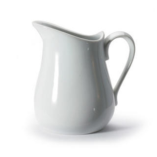 Creamer, 8oz / 237ml, white, porcelain. Microwave & dishwasher safe.